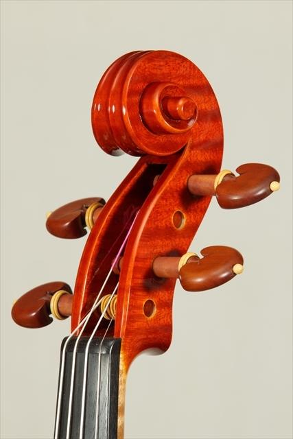 新作ヴァイオリン 動画と写真でご紹介します。_d0047461_14111217.jpg