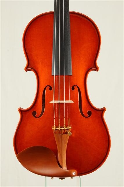 新作ヴァイオリン 動画と写真でご紹介します。_d0047461_14111276.jpg