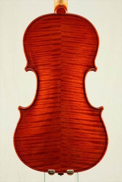 新作ヴァイオリン 動画と写真でご紹介します。_d0047461_14111324.jpg