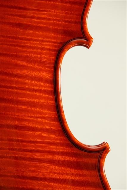新作ヴァイオリン 動画と写真でご紹介します。_d0047461_14111339.jpg