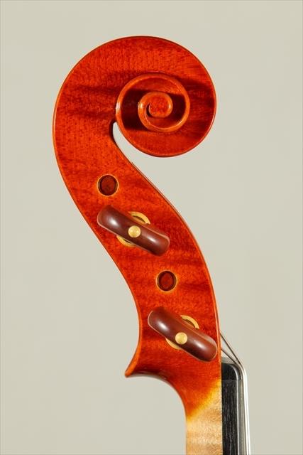 新作ヴァイオリン 動画と写真でご紹介します。_d0047461_14111359.jpg