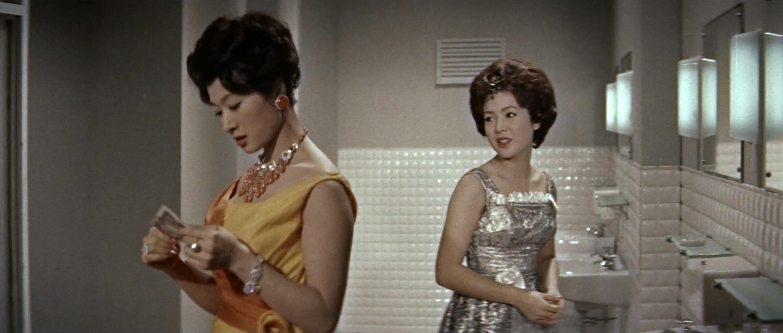 久保菜穂子(Naoko Kubo)「多羅尾伴内 七つの顔の男だぜ」(1960)其の参_e0042361_19594742.jpg