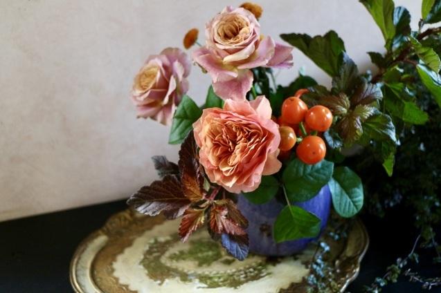 今月も連載おうちにお花を飾る を掲載いただいています_c0128489_12035125.jpeg