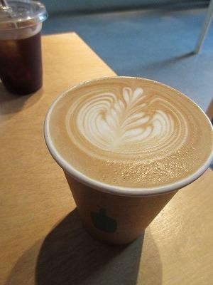 Blue Bottle Coffeeで一休み。_b0143308_21592180.jpg