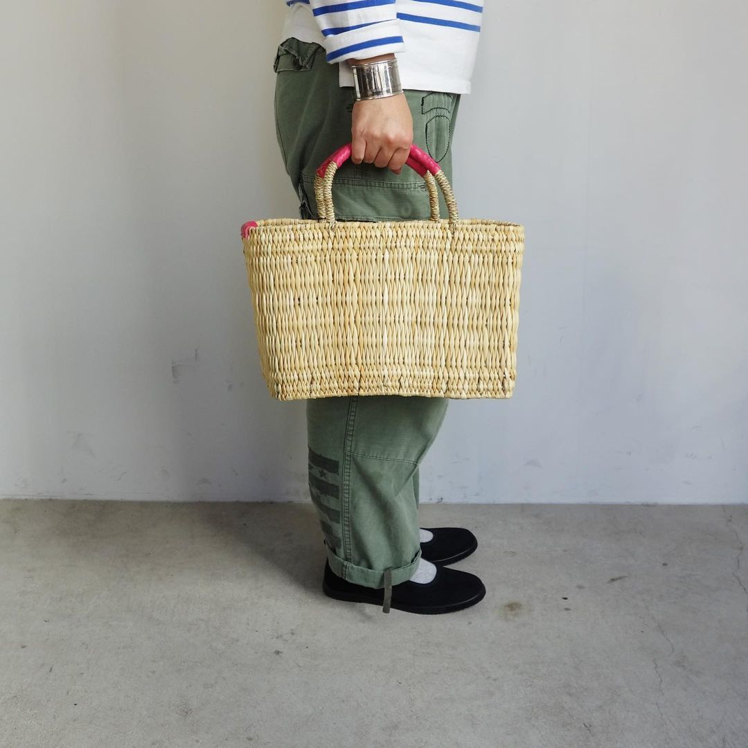 warang wayan : straw basket tall_a0234452_13250488.jpg