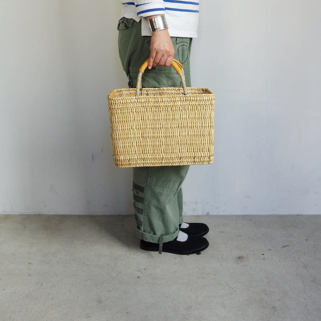 warang wayan : straw basket tall_a0234452_13250850.jpg
