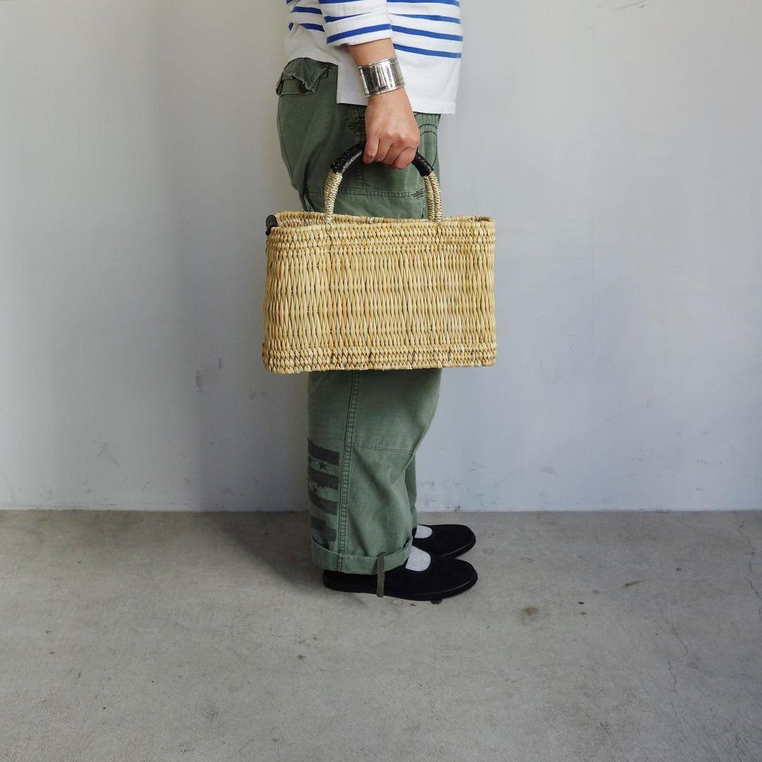 warang wayan : straw basket tall_a0234452_13251122.jpg