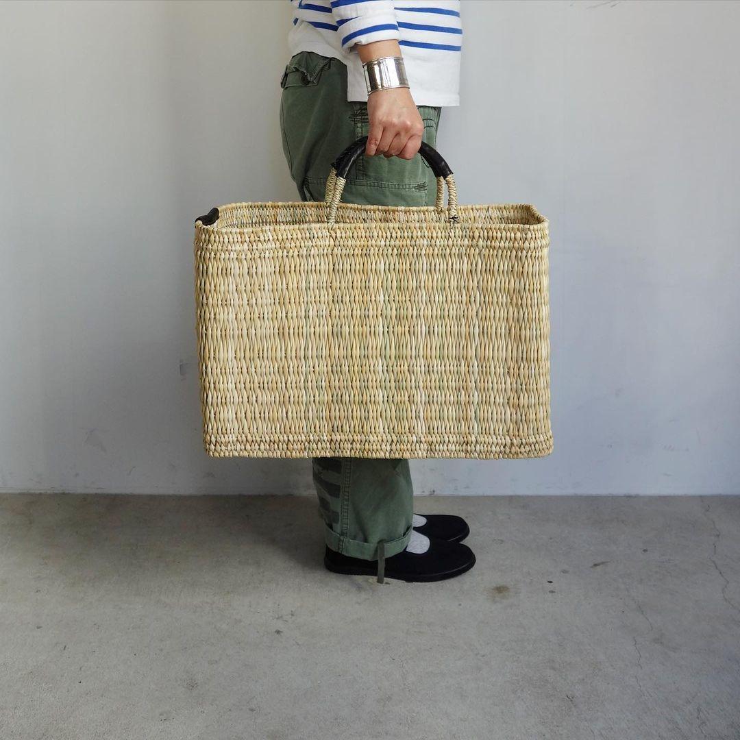 warang wayan : straw basket tall_a0234452_13253802.jpg