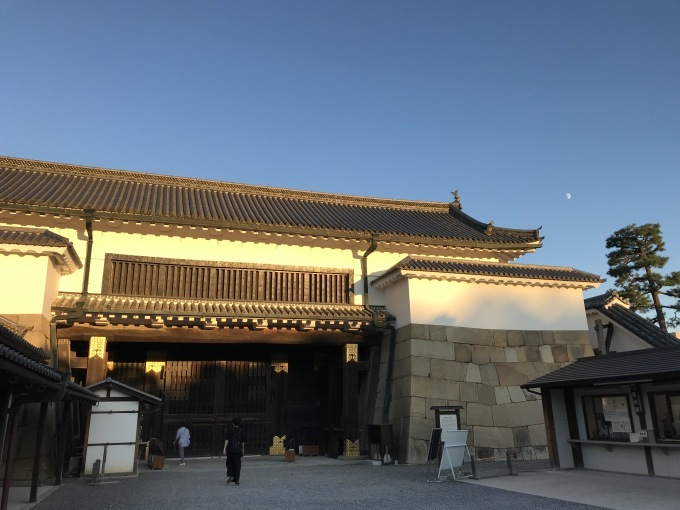 震災から10年 ~KYOTOGRAPHIE  京都国際写真祭「ECHO」@二条城二の丸御殿_b0066960_19374141.jpg