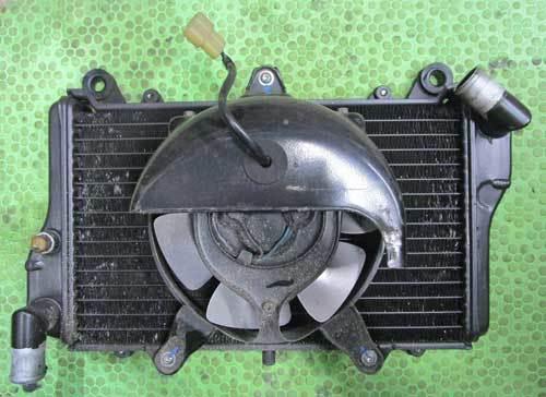 S本サン号 GPZ900Rニンジャ ターンフローラジエターに強力電動ファンを装着♪ (Part)_f0174721_23093678.jpg