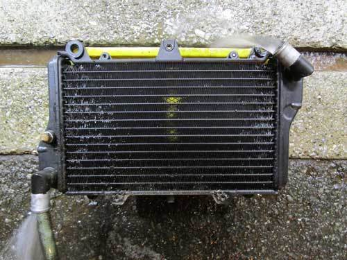 S本サン号 GPZ900Rニンジャ ターンフローラジエターに強力電動ファンを装着♪ (Part)_f0174721_23161976.jpg