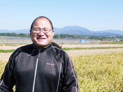 『砂田のこだわりれんげ米』の稲刈り2021 頑固おやじから引き継いだ息子さんたちが育て上げました!_a0254656_18140611.jpg