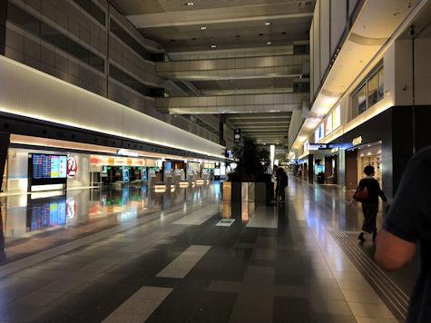 羽田空港第1ターミナルへ_b0177982_23192665.jpg