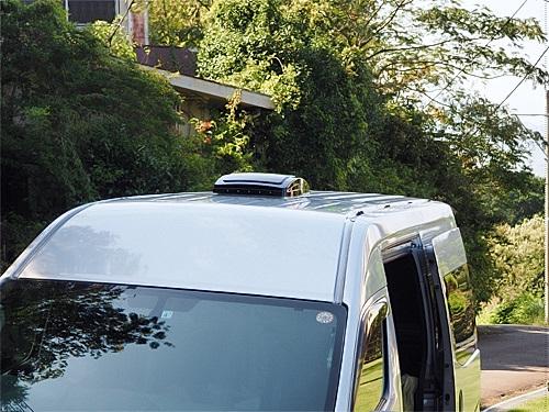 【NV350キャラバン】 キャンピングカーへの道[7] マックスファンの取り付け_a0282620_14330202.jpg