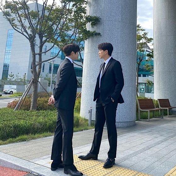 Rain、近況SNSにスーツ姿投稿…ユイ「お二人の愛を応援します」_c0047605_16500698.jpeg