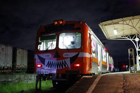 10/14 鉄道の日は夜の岳南富士岡へ。_e0094492_20144632.jpg