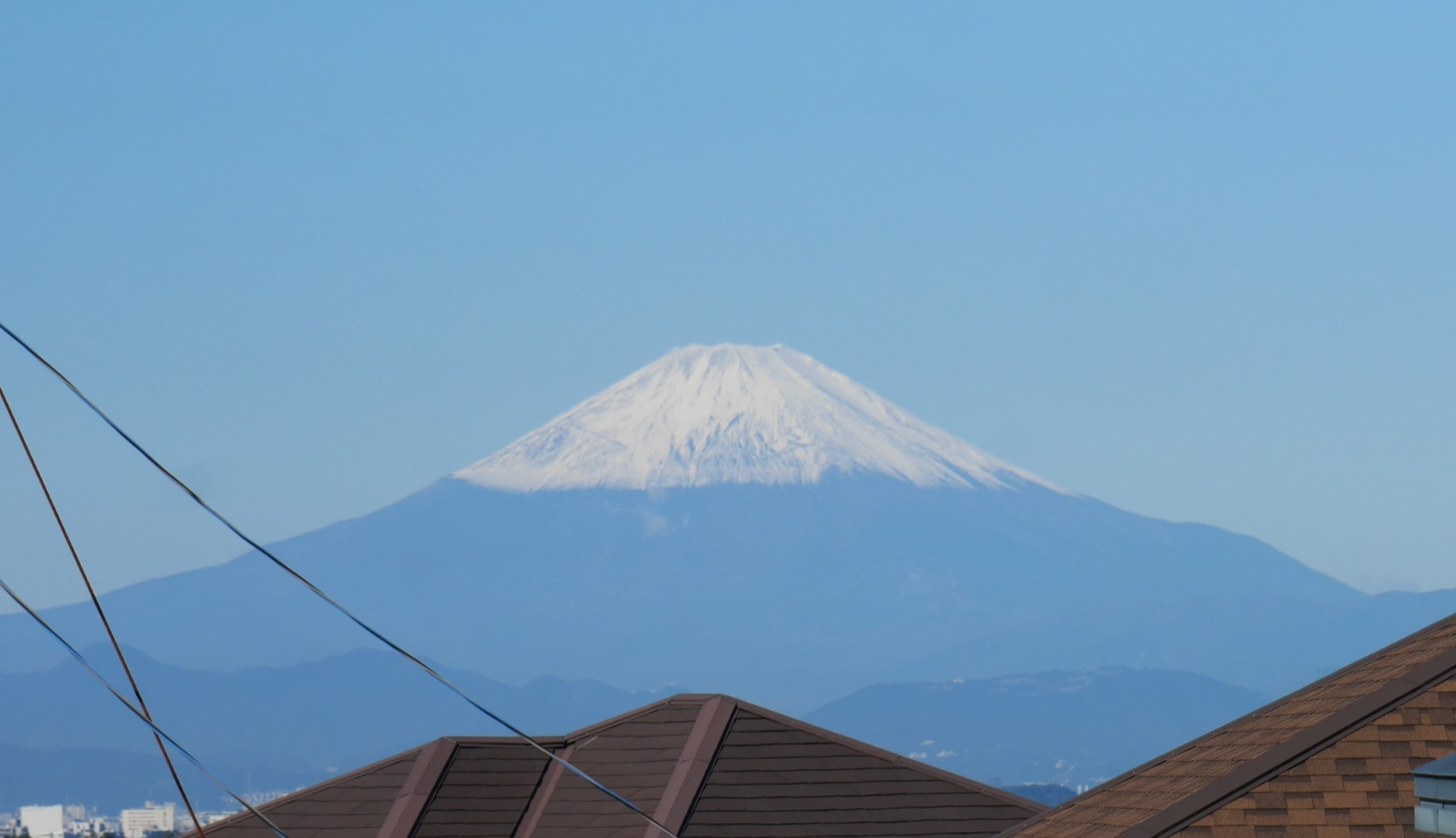 雨上がり、六国見山から冠雪した富士山が10・20_c0014967_09002498.jpg