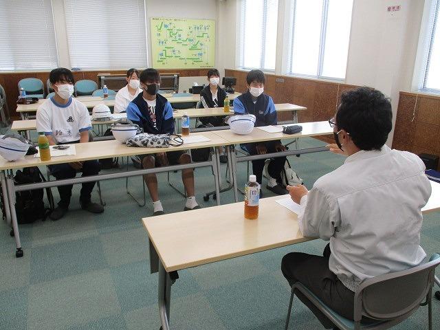 富士高の1年生がキャリア教育の一環でOBが社長を務める㈱イーシーセンターさんを企業訪問_f0141310_05493314.jpg