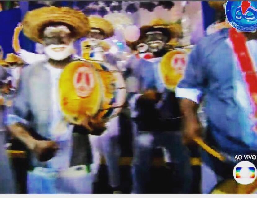 """◤ドキュメンタリー映画に出演◢ ブラジル、リオの映画祭公式作品""""30 Dias – Um carnaval entre a alegria e a desilusão""""_b0032617_22264405.jpg"""
