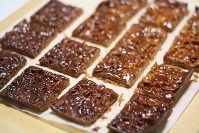 栗のタルト、フロランタン、酒種でオレンジとクルミのライ麦パン、松永製作所の食パン型、日々のごはん_f0196800_06000123.jpg