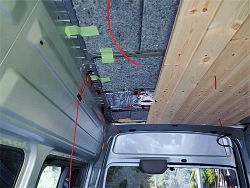 【NV350キャラバン】 キャンピングカーへの道[8] 天井と横壁の羽目板貼り_a0282620_21452720.jpg