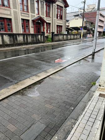 今日って雨なんや。_d0191264_12152833.jpg